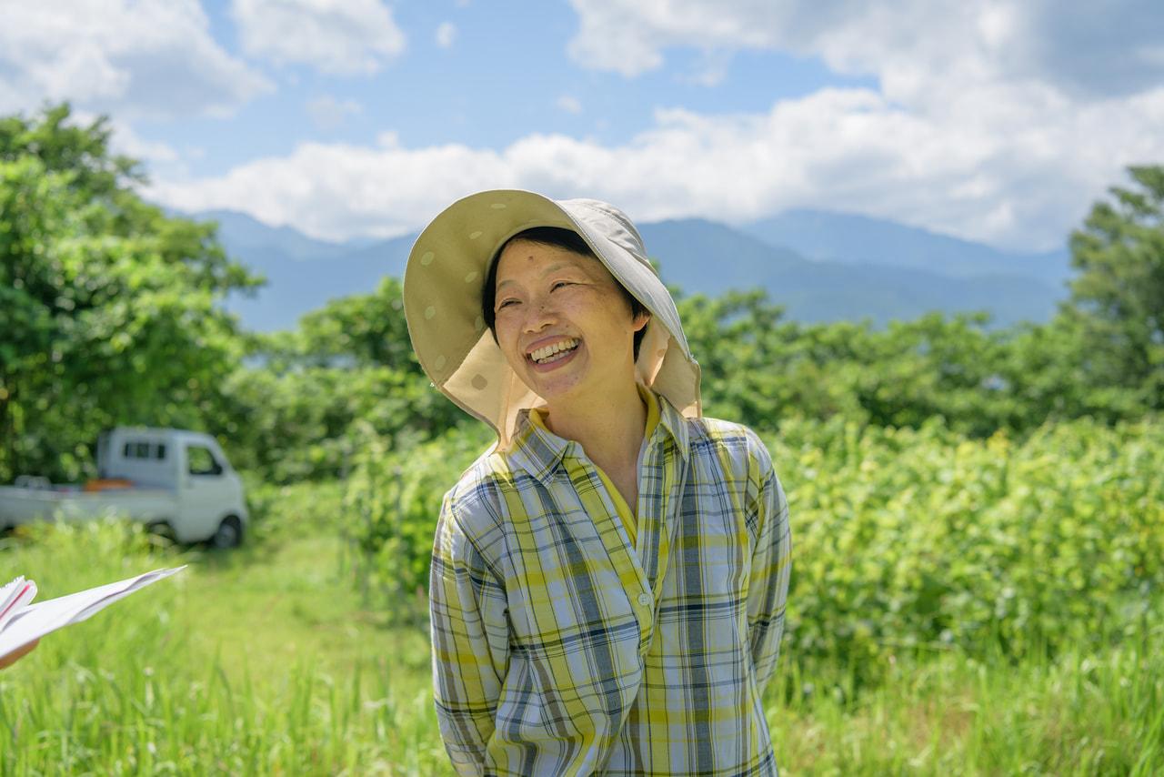 Vol.41 うさうさのプチファーム<br>中村 智恵美さん<br><br>富士の雫、北天の雫、ケルナー<br>冷涼な気候を生かしたぶどう栽培